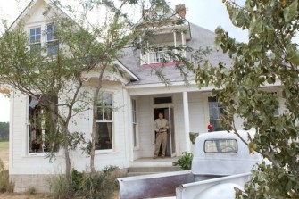Texas-Chainsaw-3D-house-2-e1350940175443