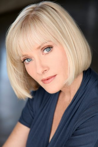 Fright Exclusive Interview with Scream Queen BARBARA CRAMPTON!!