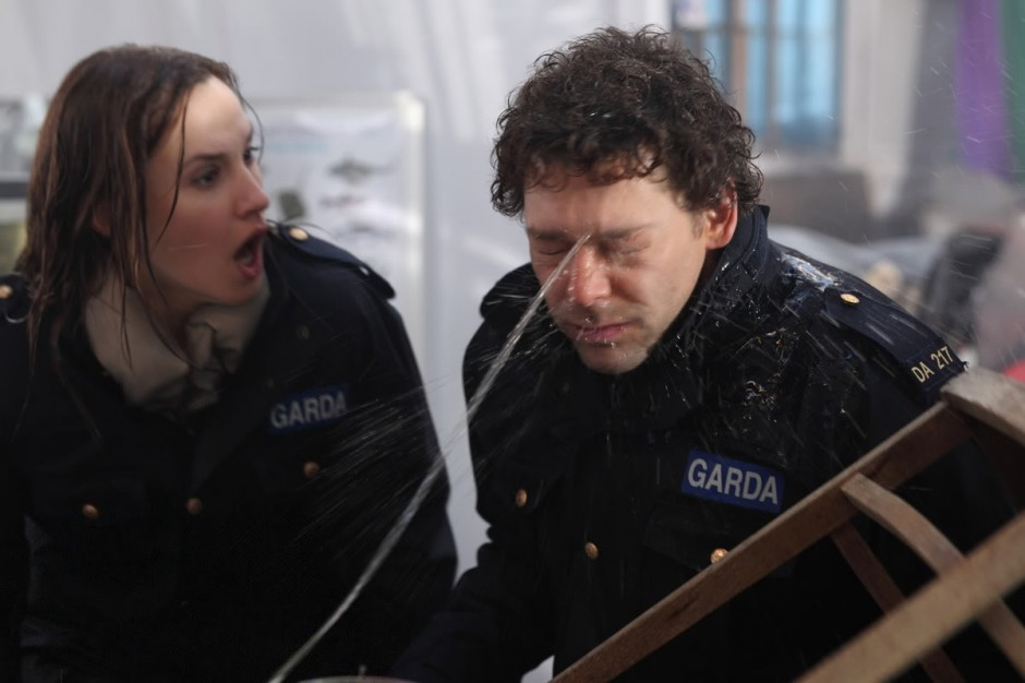Richard-Coyle-and-Ruth-Bradley-in-Grabbers-2012-Movie-Image-e1346691091641